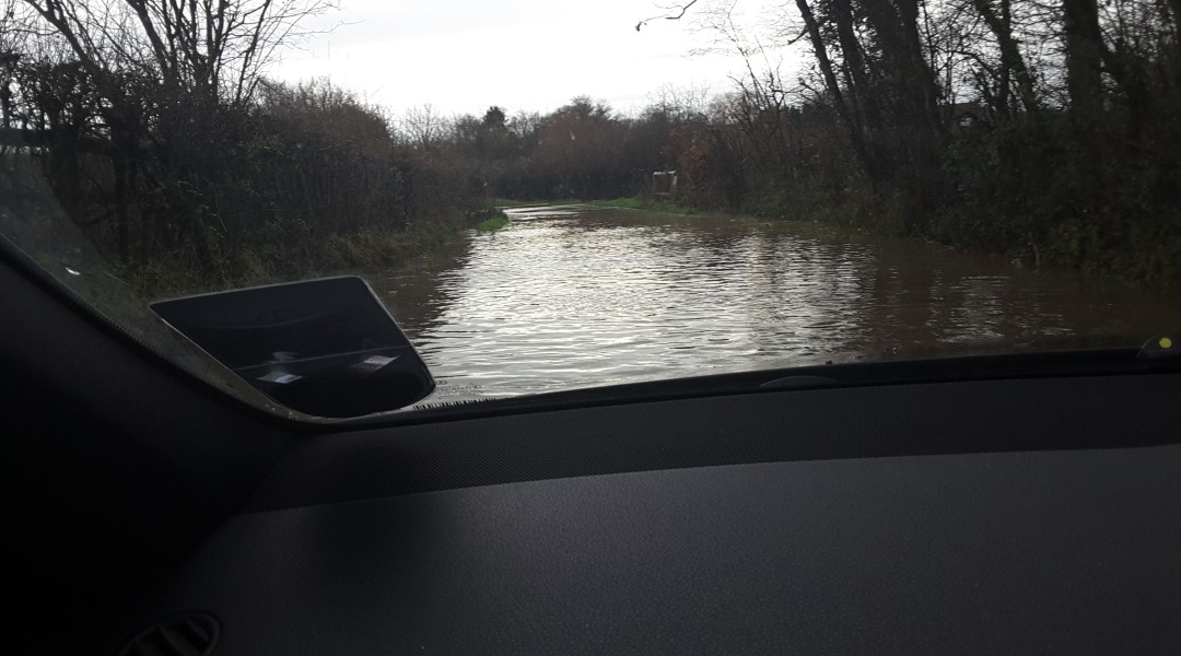 Flood Bagwell Lane Winchfield 3 January 2016.