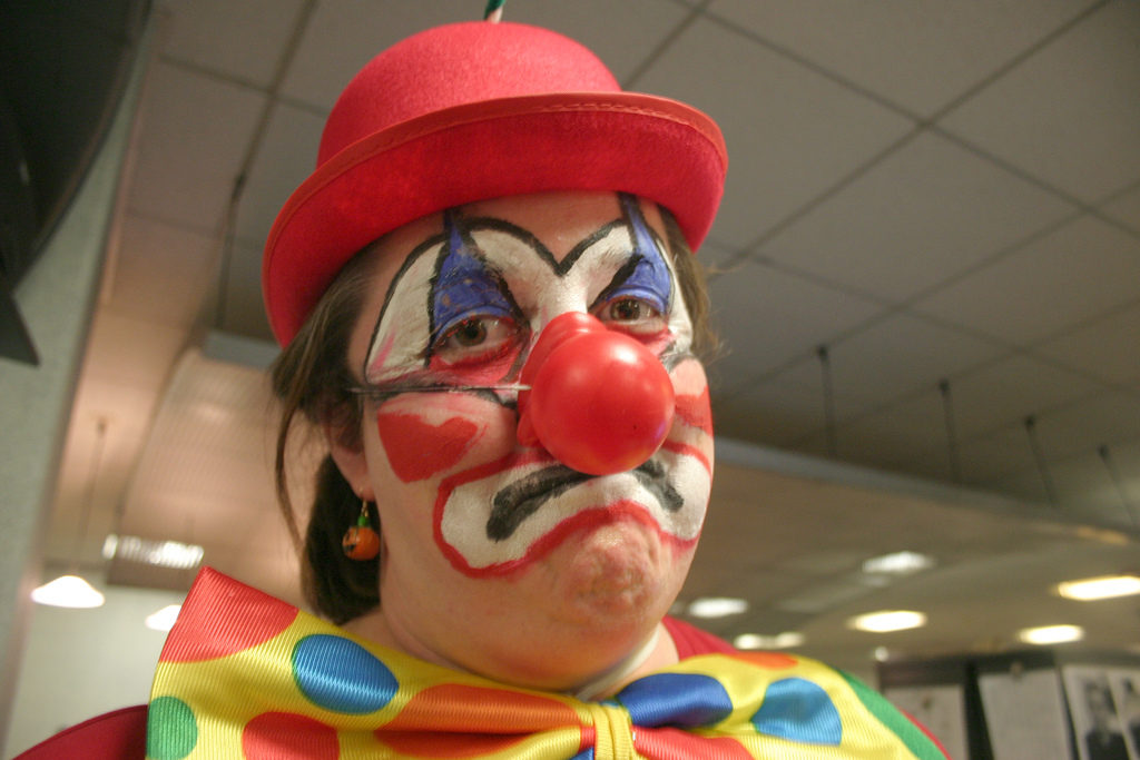 Sad clown at Hart council fails to decide Cross Farm Appeal document 16/03400/OUT
